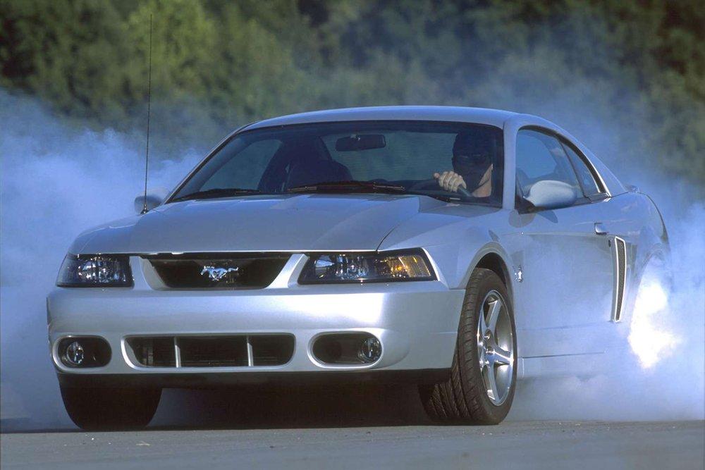 2003-ford-mustang-svt-cobra.jpg