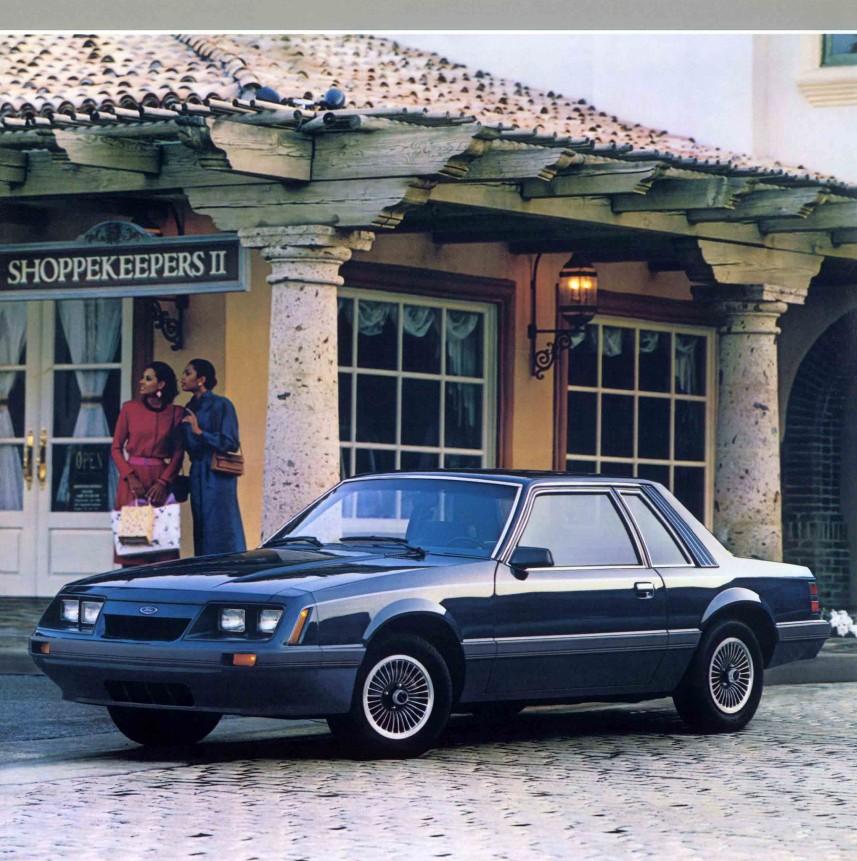 1986-ford-mustang-brochure-03.jpg