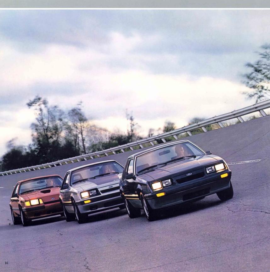 1986-ford-mustang-brochure-11.jpg