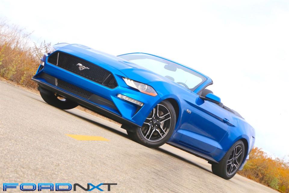 2019-ford-mustang-gt-convertible.jpg