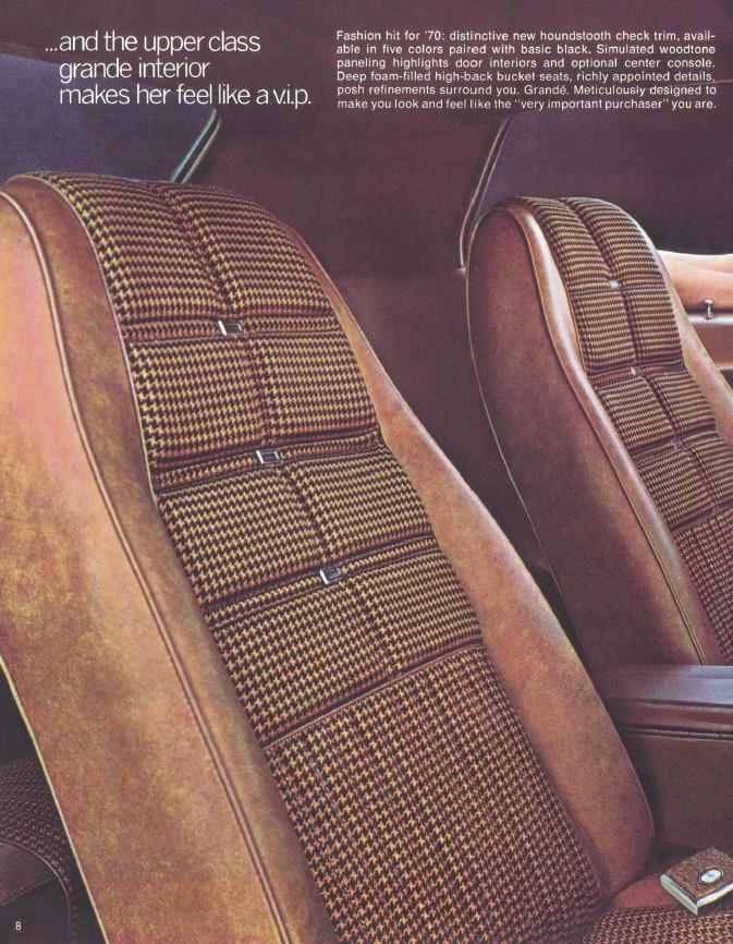 1970-ford-mustang-brochure-08.jpg