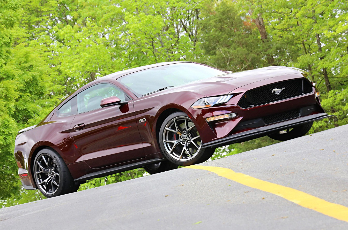 Driving the 2018 ford mustang gt with the performance pack level 2 option