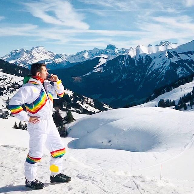 There is no better time to wear a rainbow onesie than on your birthday skiing in the Swiss alps. Partner/Co-Founder/Creative Guru @oldno7 we raise our glass to you. #birthdaygoals #wcplusa