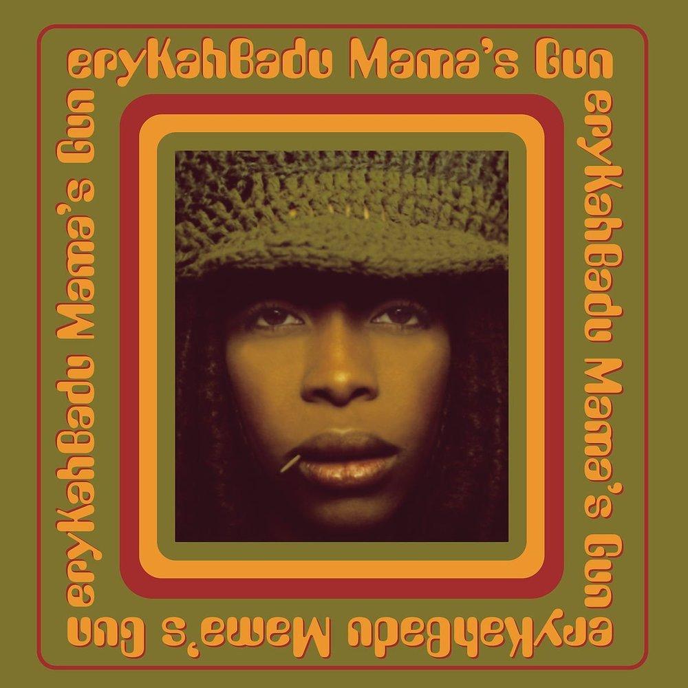 ERYKAH BADU - ORANGE MOON - Album: Mama's Gun (2000)Label: Universal Motown Records