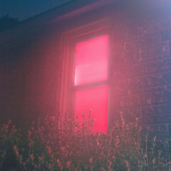 JAKOB OGAWA - VELVET LIGHT - 6:28PMAlbum: Single (2018)Label: Playground Music Scandinavia