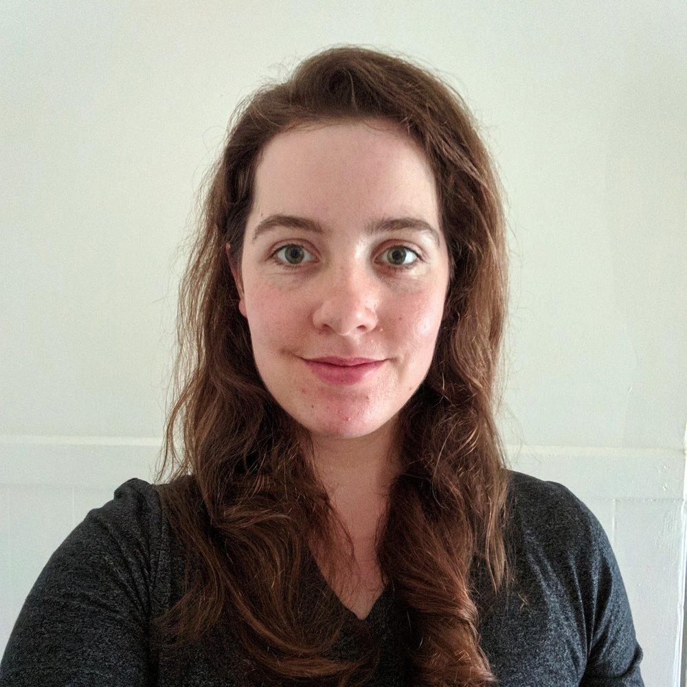 Zoe Polach headshot.jpg