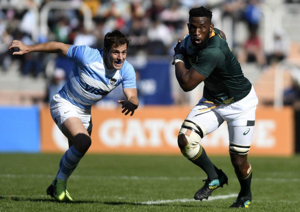 Captain Siya Kolisi needs more on-field leaders beside him