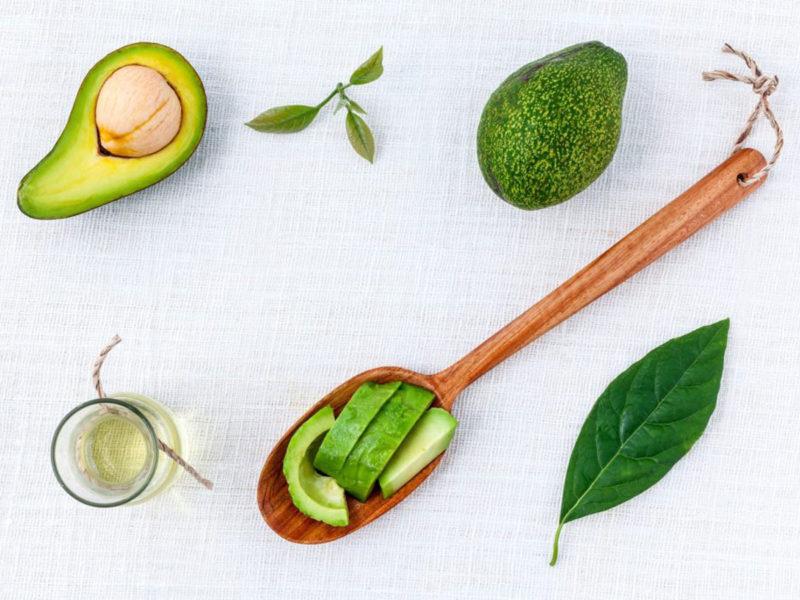 avocado-olive-oil-hair-mask-ingredients-e1497564772517-800x600.jpg