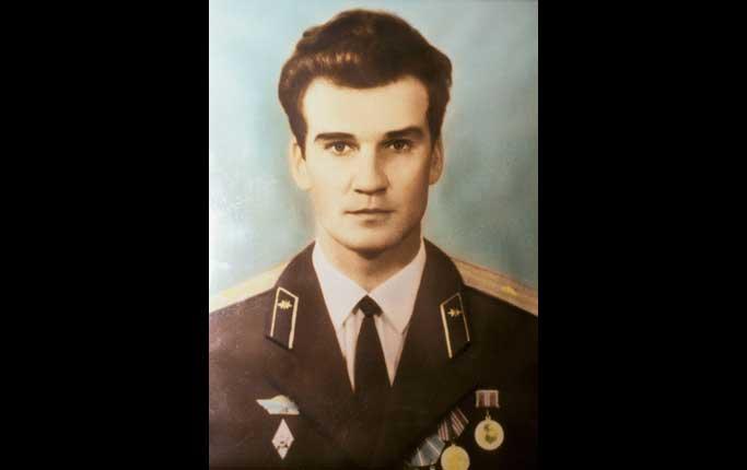 Stanislav-Petrov.png