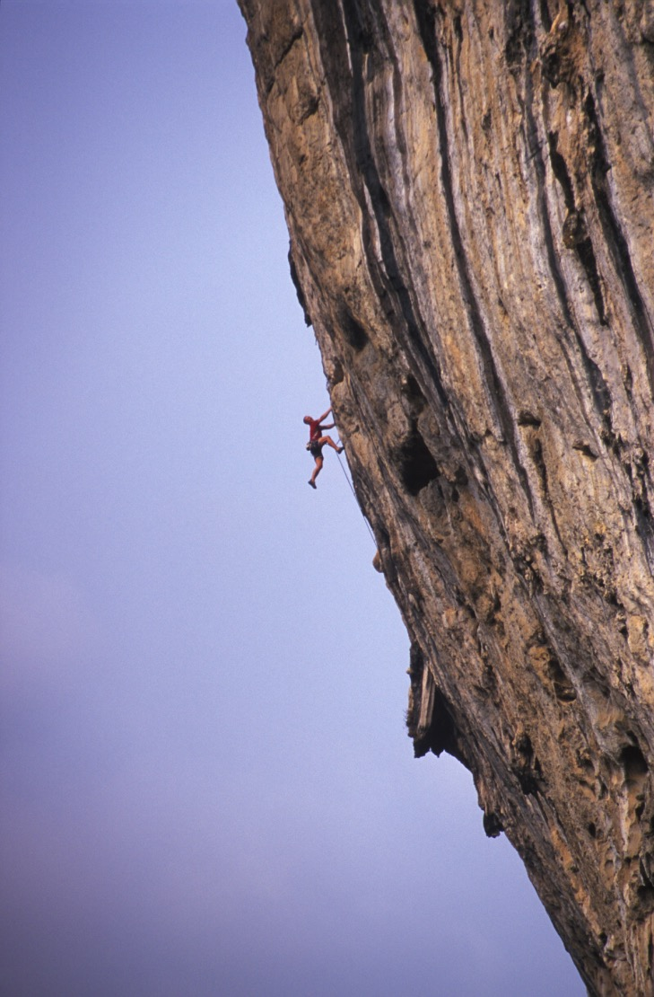 The Axeman 8a, White Mountain, Yangshuo, China.  Photo: Mike Robsertson
