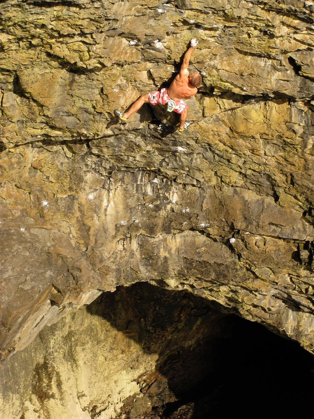 Hydrotherapy 8a+ S2, Pembroke. Photo: Liam Cook