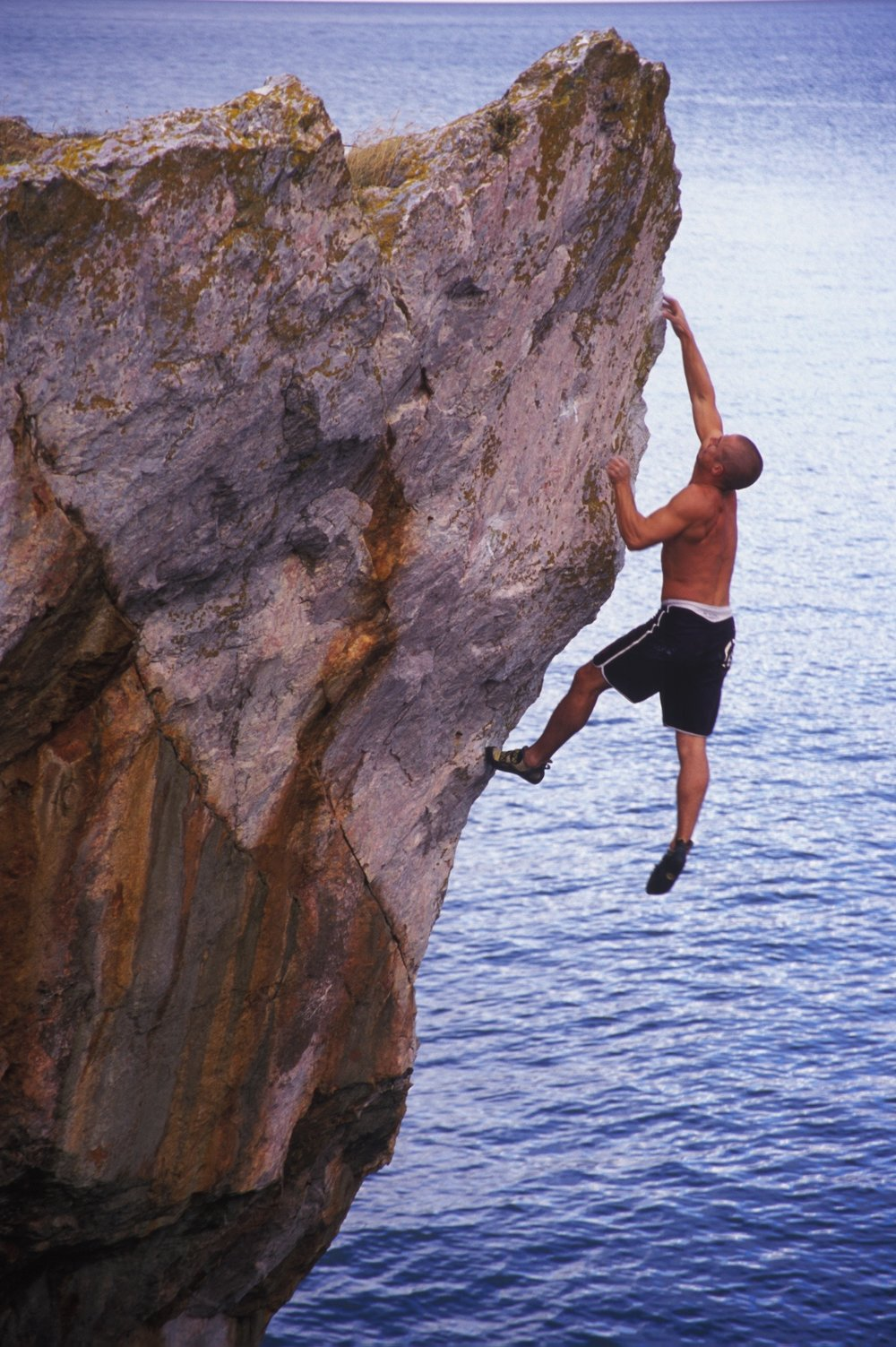 Once a Dogger 7b+. Long Quarry Point, Devon.  Photo: Mike Robertson