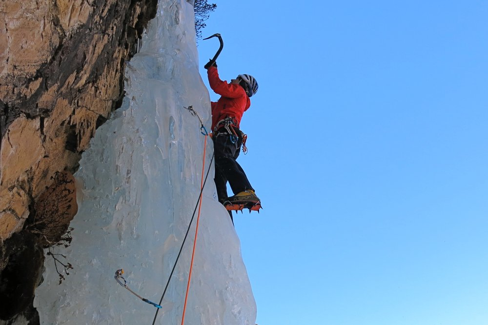 Splashdown WI 6. Rowaling Valley, Nepal. First ascent in 2013 with Kenton Cool.  Photo: Gresham collection