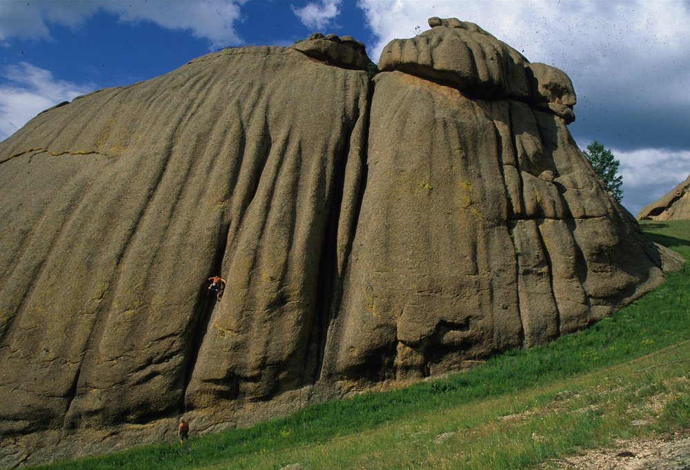 Dose of the Runnels E2 5b, Ghorki Park. First ascent in 2001  Photo: Mike Robertson