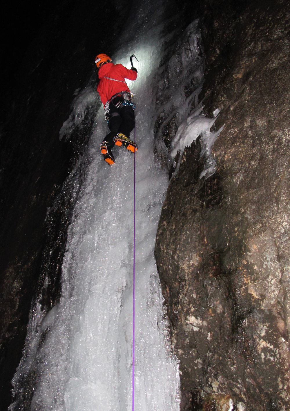Central Icefall Direct WI 6, pitch 1, during the 'Welsh Ice Triple' with Tim Emmett.  Photo: Gresham collection