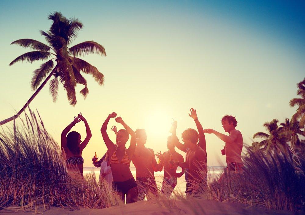 beach-2433476_1920.jpg