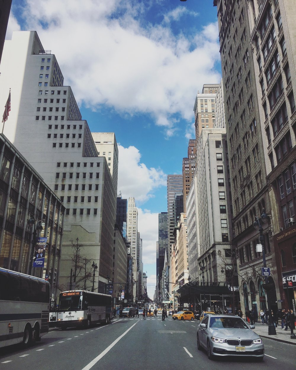 Shopping time on the 5th avenue! - #shopping