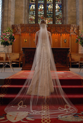 ANN-GUISE-Silk-Wedding-Veils.jpg