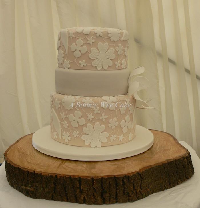 A Wee Bobbie Cake 4.jpg