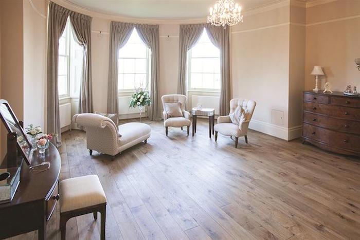 Bridal-Room-Small.jpg