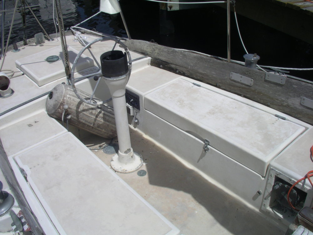 BoatDeck_July2010 (5).JPG
