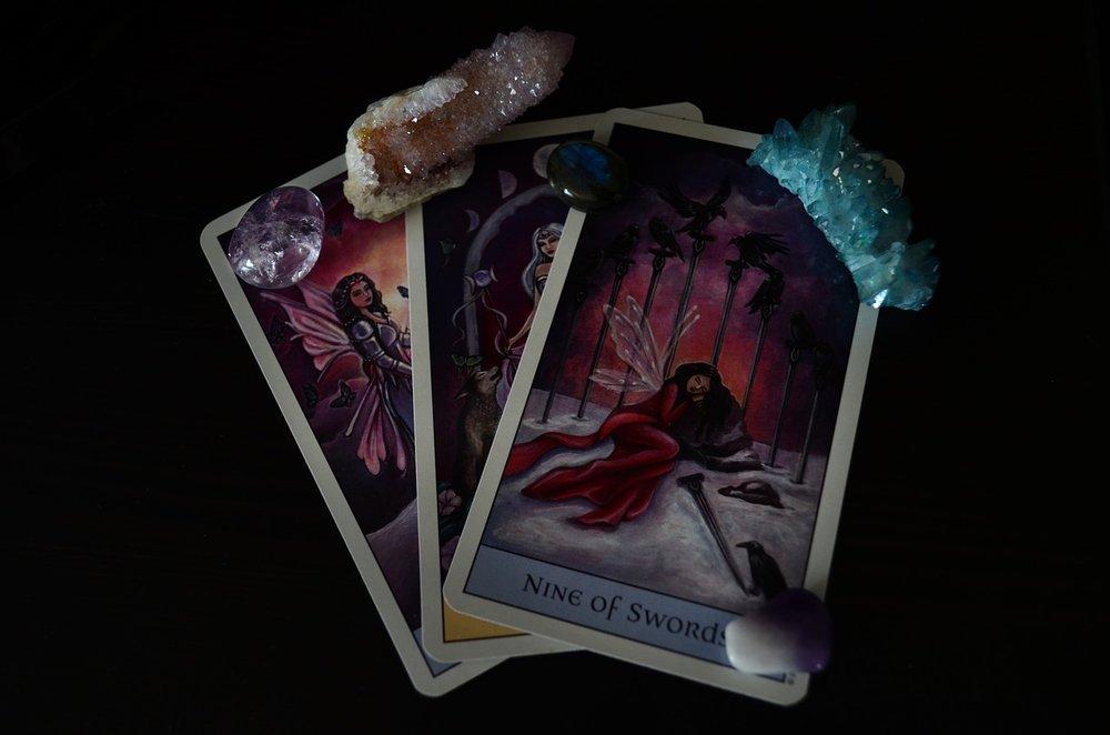 Stone-Short-Stones-Tarot-Tarot-Cards-Crystal-870922.jpg