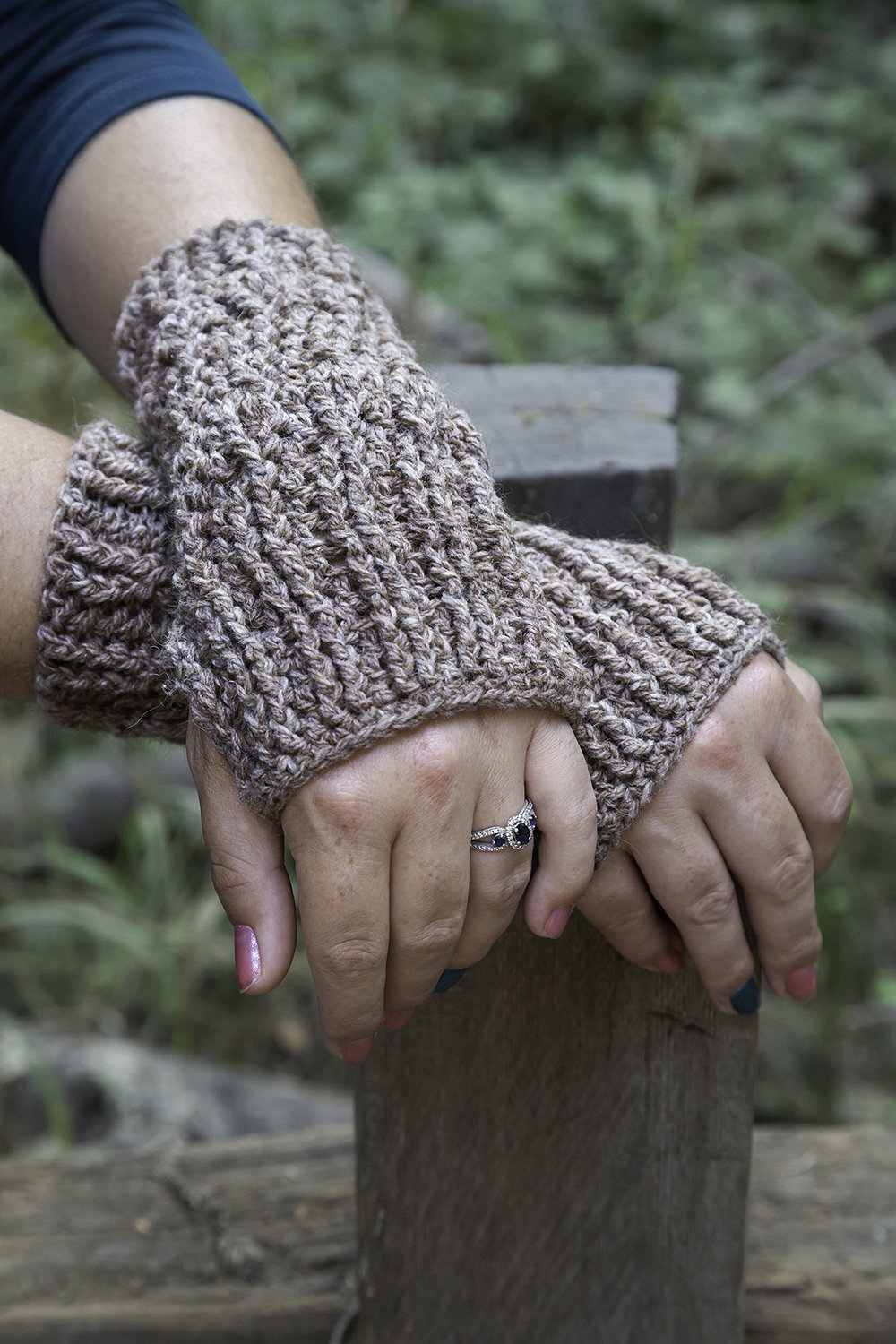 Crochet Pattern Knotty Pine Fingerless Gloves Cerulean Orchid