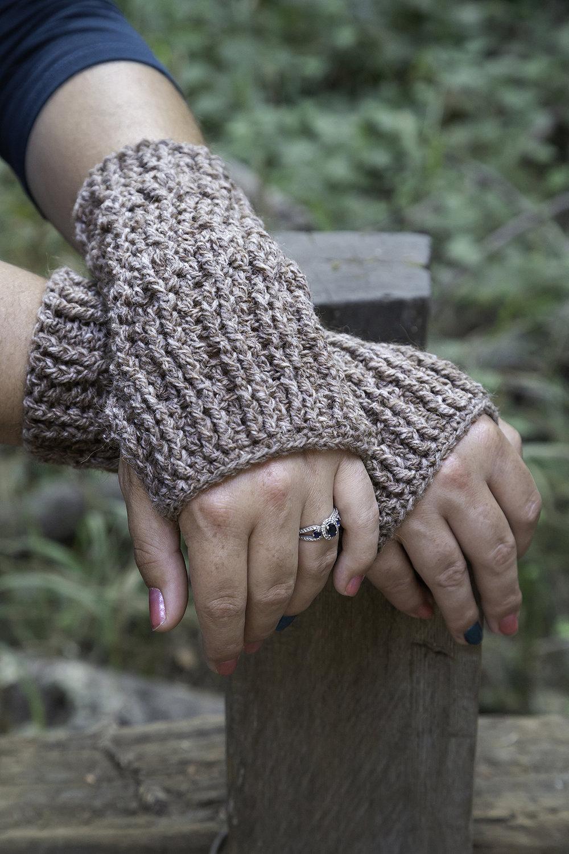 Crochet Pattern Knotty Pine Fingerless Gloves Cerulean Orchid