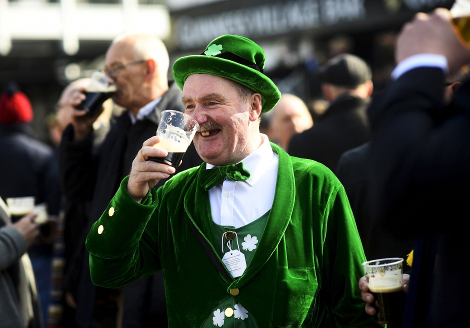 st-patricks-day-cheltenham-festival-uk-march-17-2016.jpg