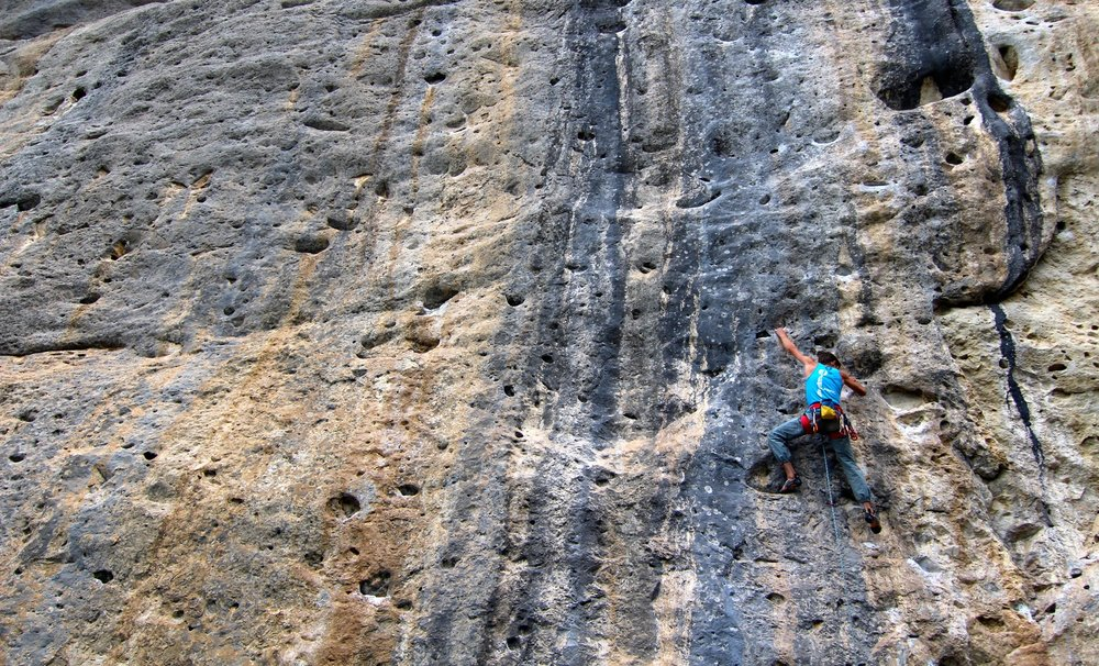 youth-climbing-camp-trip-rock-sport-climb