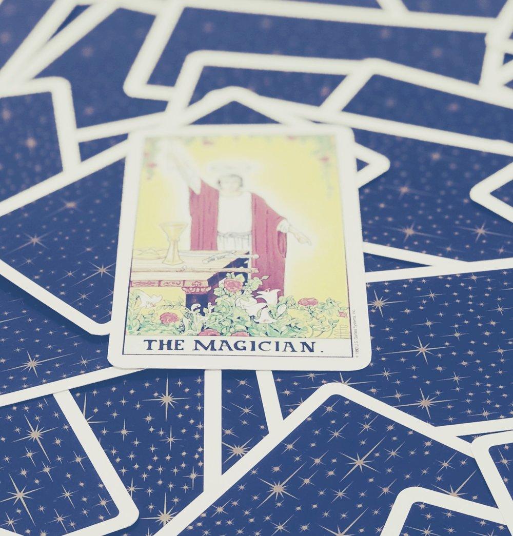I - The Magician |  Universal Waite Tarot