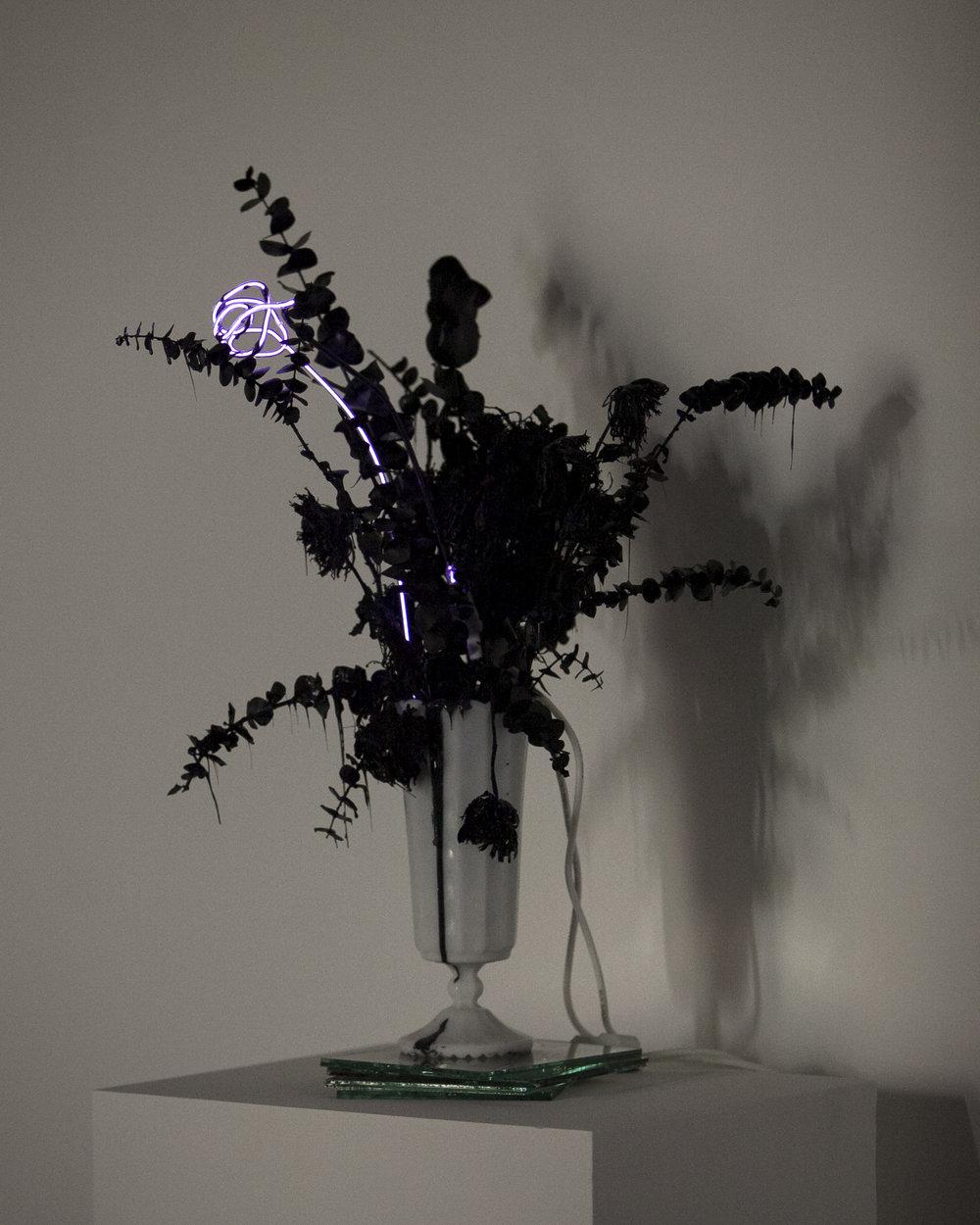 merylpataky_vase_purple_3.jpg