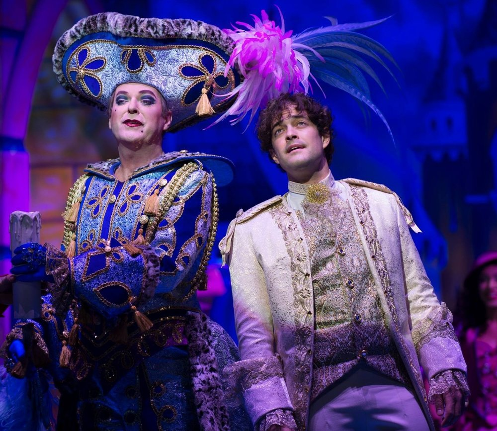 julianclary-lee-mead-cinderella-2016.jpg