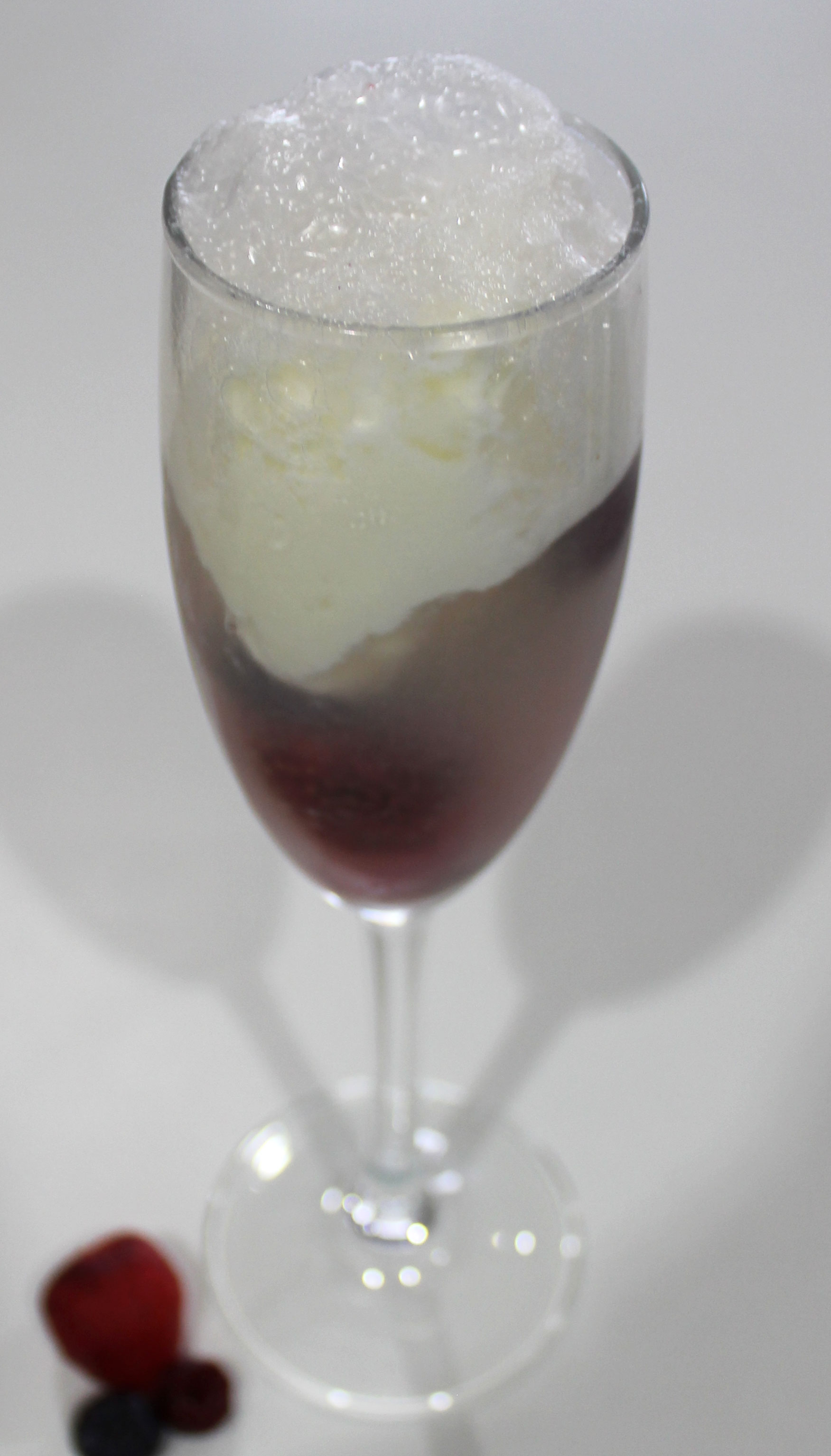 Prosecco Ice Cream Float | EmmaLouisa.com