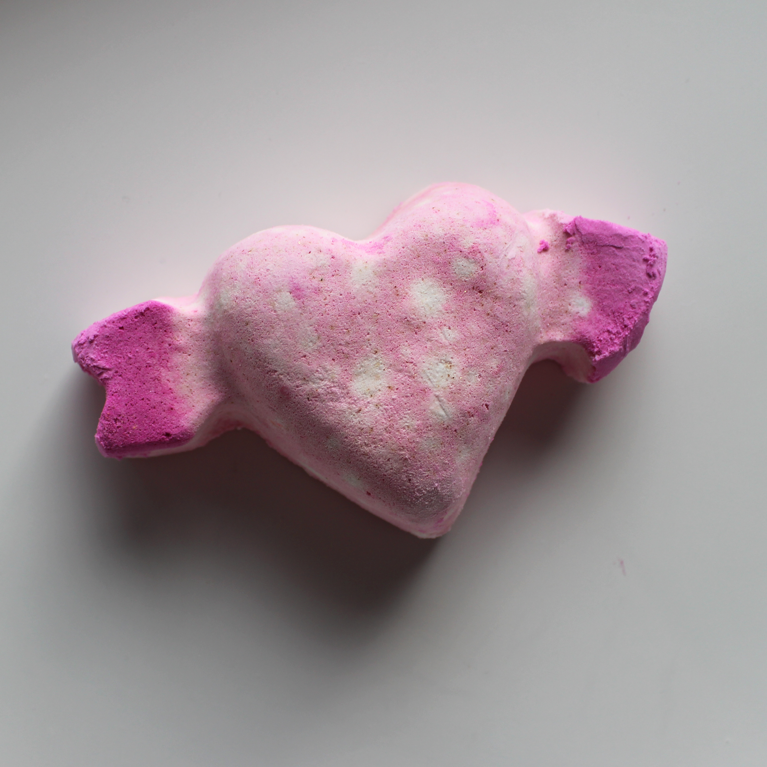LUSH Cupid Bath Bomb review | Emma Louisa