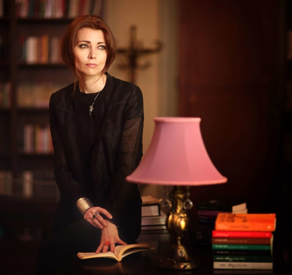 Elif Shafak is an award-winning novelist and political scientist. She is the author of 10 novels, including The Forty Rules of Love and The Bastard of Istanbul. An advocate for women's rights and LGBT rights and freedom of speech, she has been awarded Chevalier des Arts and des Lettres.