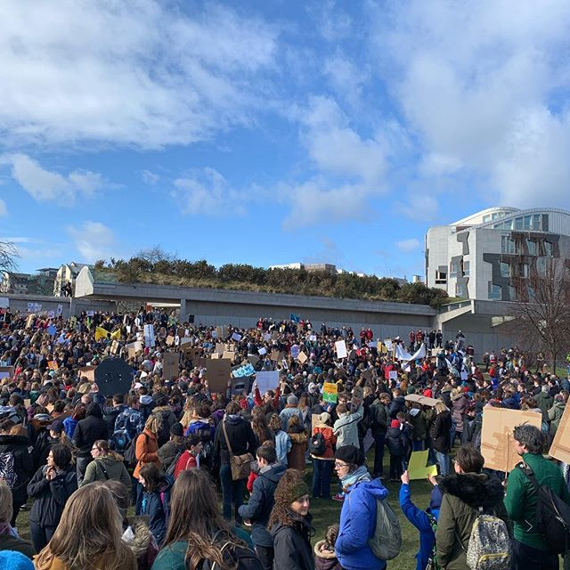 🙌🏼 #climatestrike 🙌🏼 The climate IS changing.  Young people DO care.  The future NEEDS us. 💚🌍💚 It was an honour to join the thousands of children, students and adults who were at Holyrood today. Across the planet millions of young people are joining in with #climatestrike to force governments to make more progress faster. This movement was influenced by Greta Thunberg from Sweden who is an inspiration to us all. 💚🌍💚 We at @green18scot understand the enthusiasm and dedication of young people and want to empower Scotland's young people to be able to make more change and take more of a leading role in tackling climate change. Just 6 days remain for our crowdfunding campaign - donate now and share it with others to help us reach our target and enable us to launch our primary school project that will work with thousands of passionate young people across the country. LINK IN BIO 💚🌍💚 #Green18 #environment #plasticfree #crowdfunding #fundraising #fundraiser #savetheplanet #climatechange #climateaction #fridaysforfuture