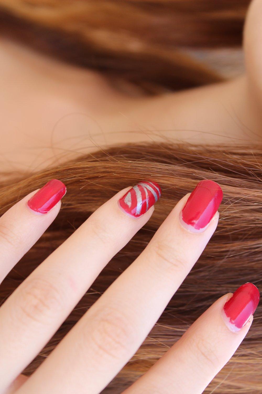 Nails -