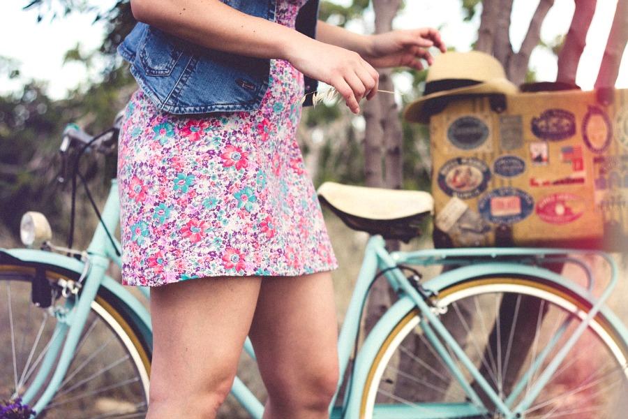 girlwithbike.jpg