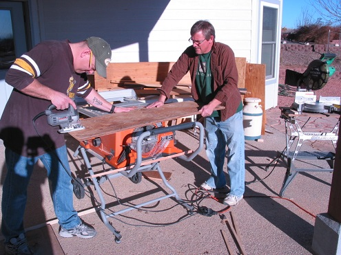 Rick Bacon and Bob Kjelland prepare the components for the stub-ended A&D staging. The A&D joins the A&o at Rock Bottom.