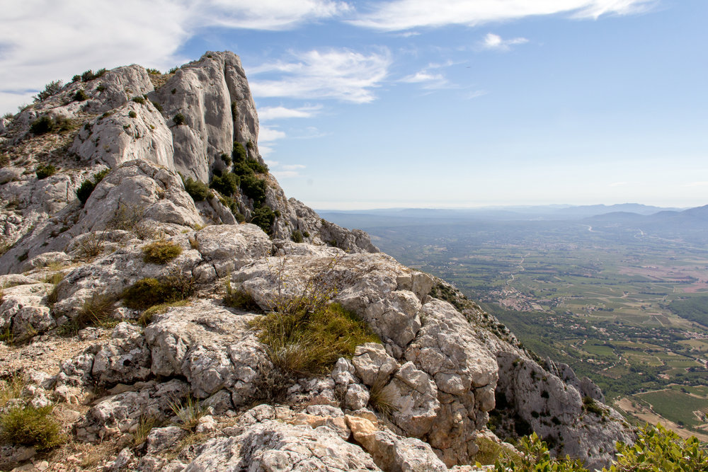 Sainte-Victoire-Mountain-890208424_5184x3456.jpeg