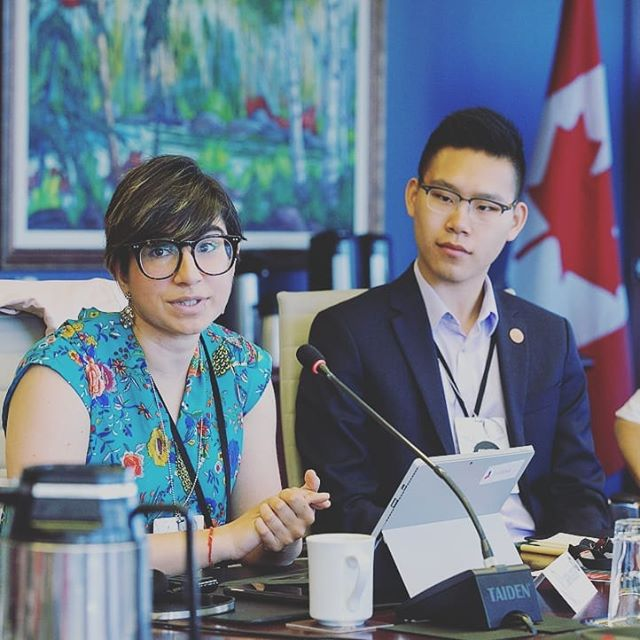 This morning our #Y72018 co-chair @sabrinagrover and Canadian delegate @chrisszhou were thrilled to be sharing reccomendations and outcomes with the Prime Minister's Youth Council and continuing to elevate the youth voice as part of the @g7 policy and post-summit process. // Regrann from @leaderstoday -  The Prime Minister's Youth Council met with the PM, ministers from  International Trade and Investment, Democratic Institutions and Environment and Climate Change along with G7 and Y7 delegates to discuss youth objectives and opportunities for impact throughout Canada's G7 Presidency. #PMYouthCouncil - #regrann