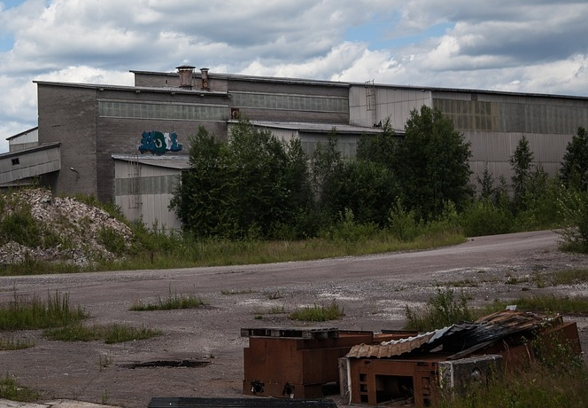 abandoned-factory-1513213_960_720.jpg