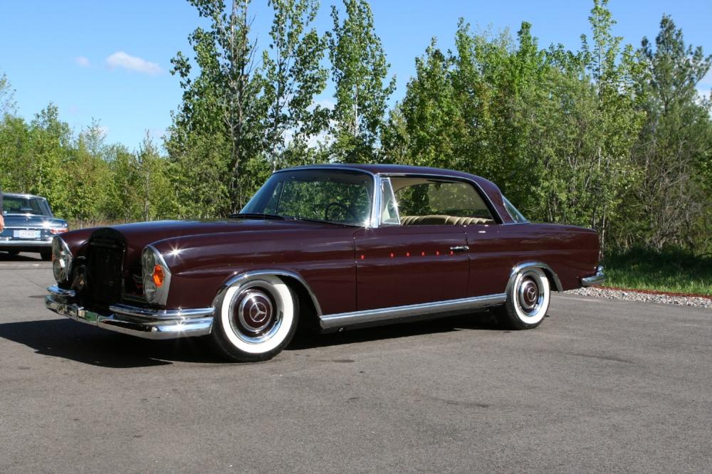 1967 300SE Coupe