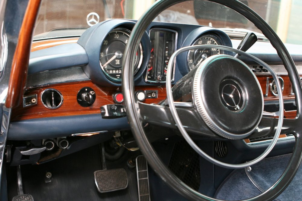 1466 1970 600 SWB 47.JPG