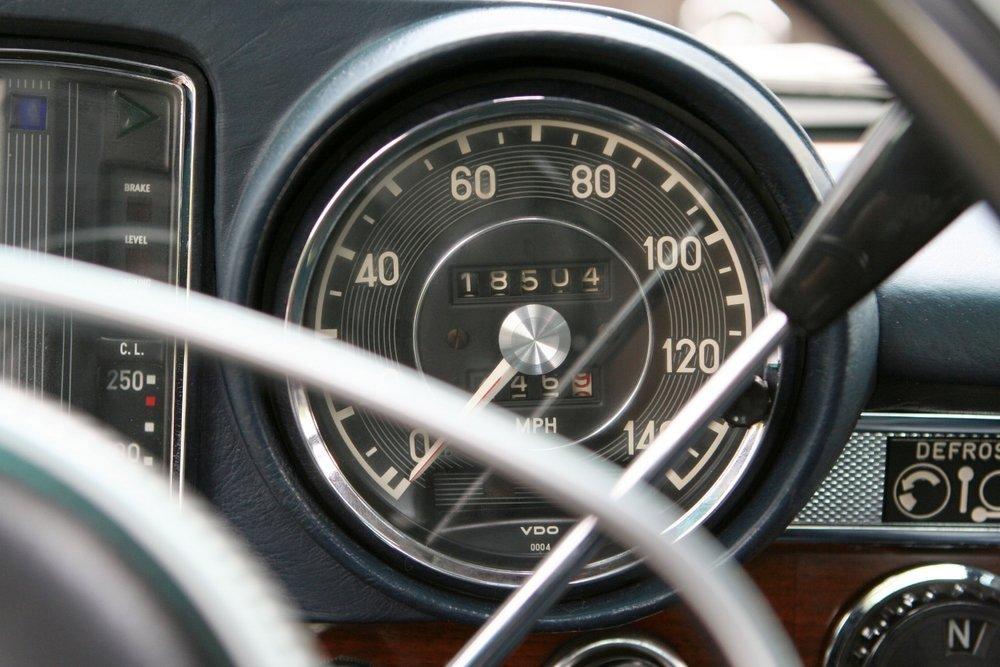 1466 1970 600 SWB 43.JPG