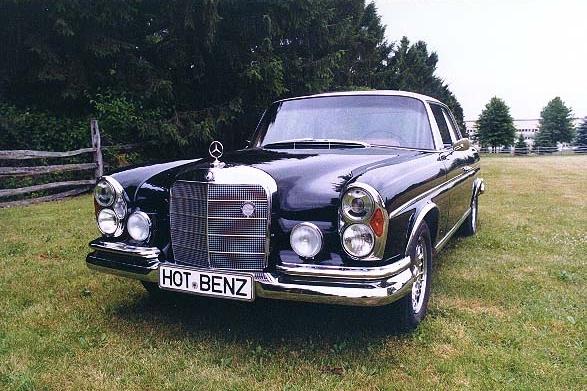 9002 1967 300SE Coupe 1.jpg