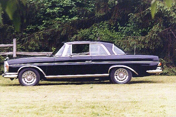 9002 1967 300SE Coupe 8.jpg