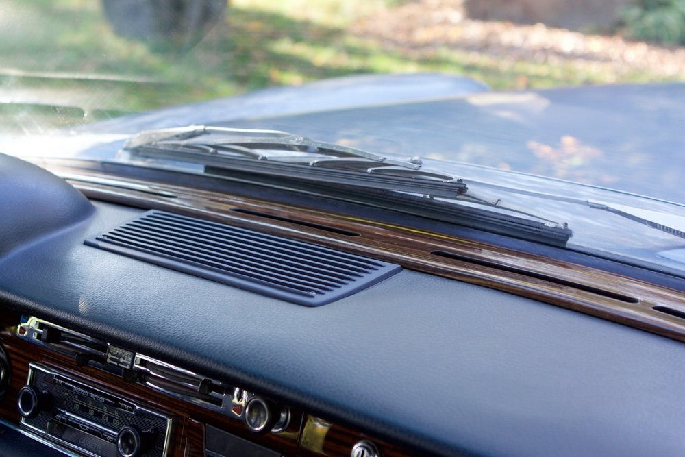 VIN 2875 1970 300SEL 6.3 Silver Blue Metallic - 62.jpg