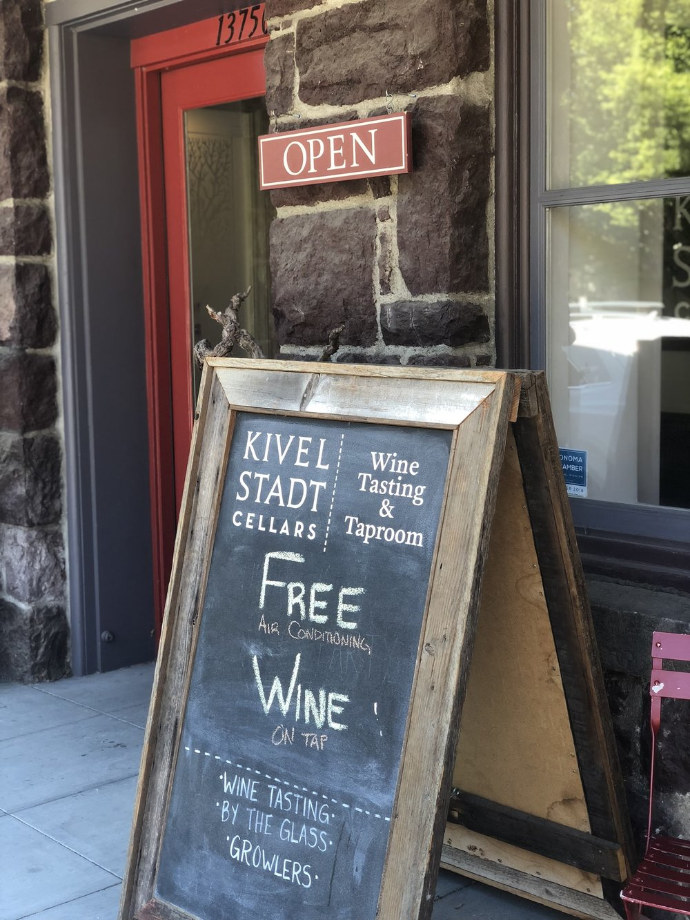 Fill Your Wine Growler At Kivelstadt